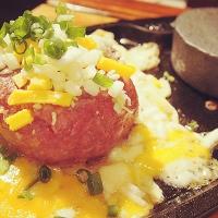 【美食推薦】熱門推薦石燒韓牛漢堡排|韓國首爾弘大 福岡漢堡牛排 후쿠오카함바그|吃貨伴旅 CACAmazing Travel