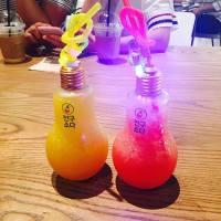 【美食推薦】韓國最hit的人氣飲品 燈泡特飲‼️|吃貨伴旅 CACAmazing Travel