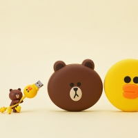 【LINE FRIENDS 推薦】最新推出 BROWN SALLY 充電器|吃貨伴旅 CACAmazing Travel
